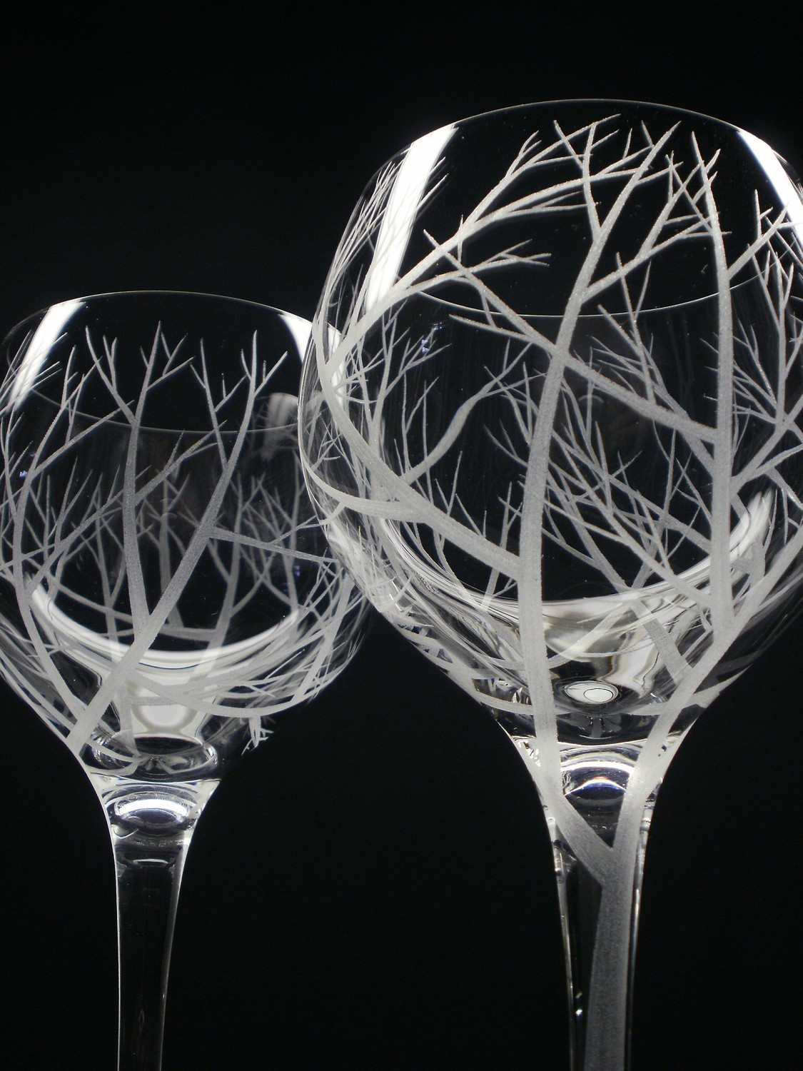 Interesting wine glasses wine and beer junky for Cool wine glass designs